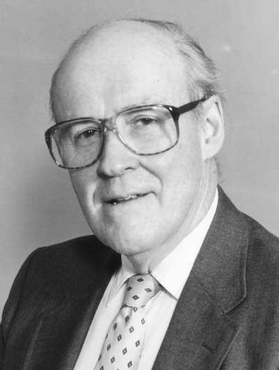 Fuller-Daniel---Professor-Emeritus-of-Hermeneutics--400x530-72dpi-min