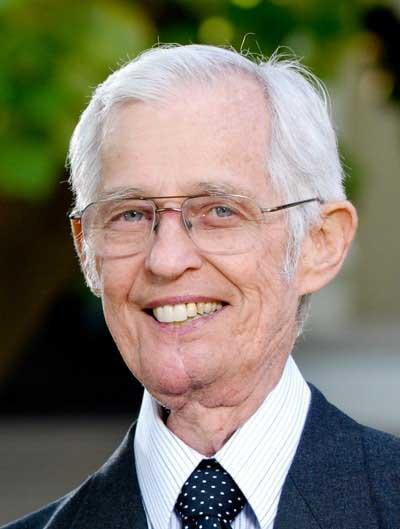 Meye-Bob--Dean-Emeritus-and-Professor-Emeritus-of-New-Testament-Interpretation---400x529-72dpi-min